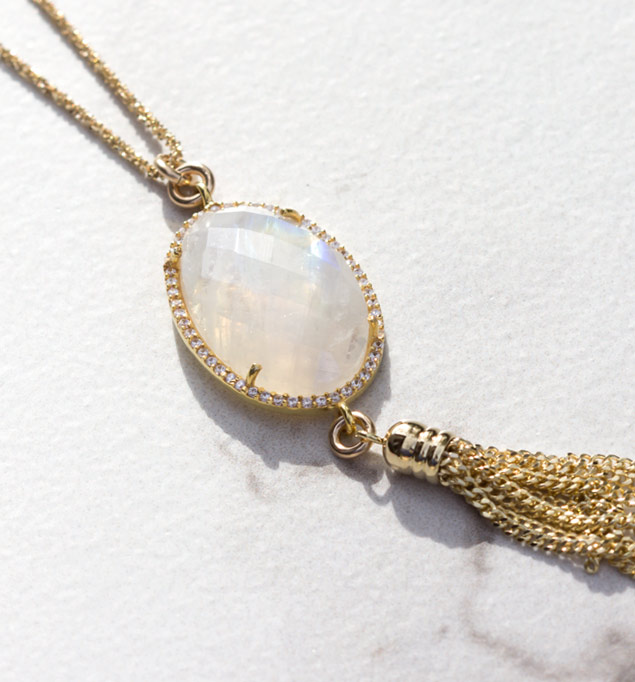 Rylan Necklace in Gold and White