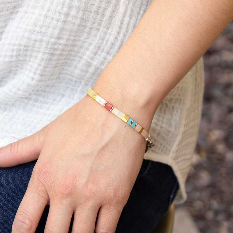 Woman wearing B652 - Brynn Stretch Bracelet with multi colored square beads